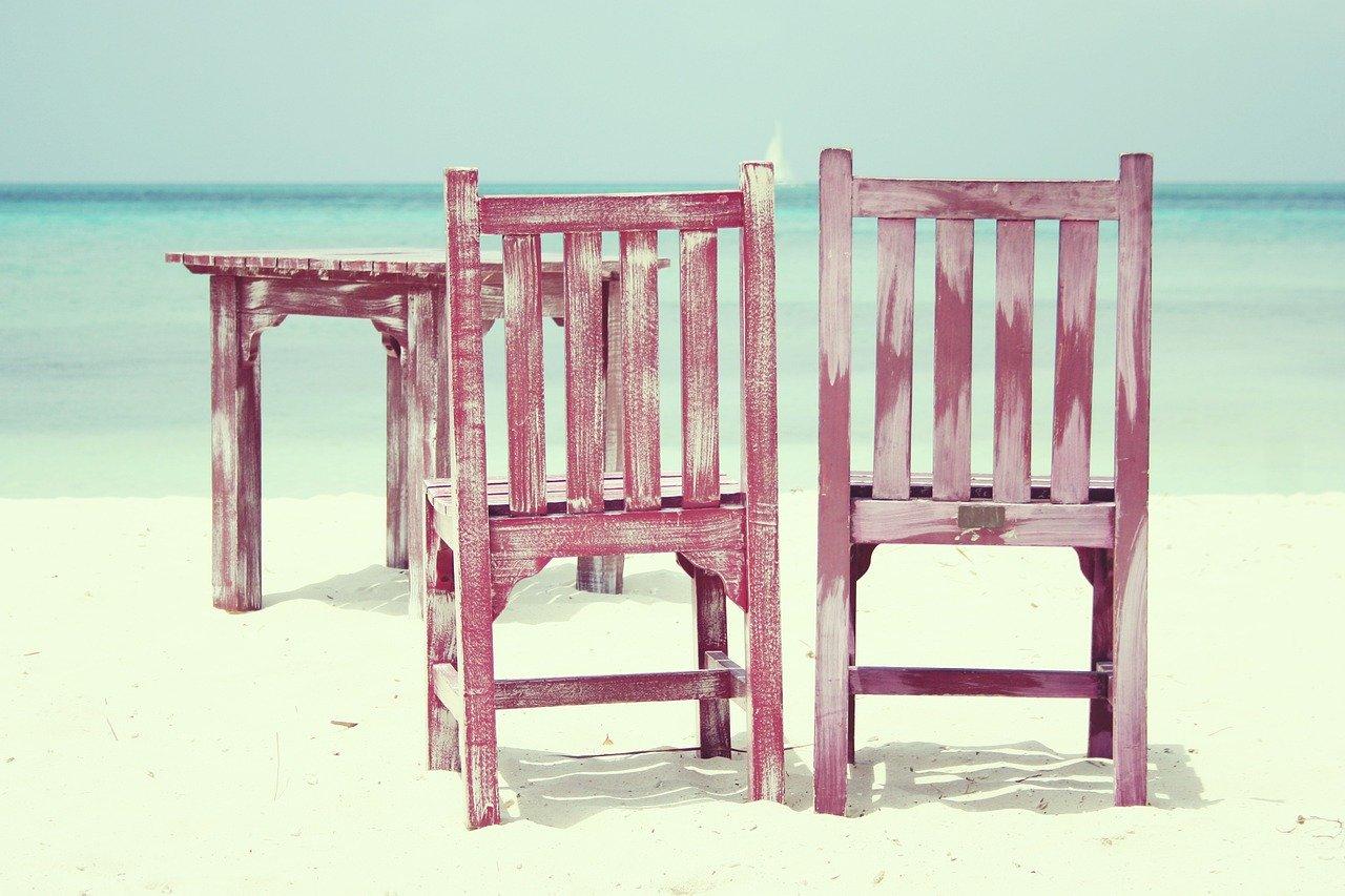 Samodzielnie wykonane artykuły do wnętrz – krzesła do odnowienia