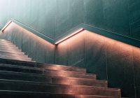 Płytki na schody zewnętrzne – czym kierować się przy wyborze?